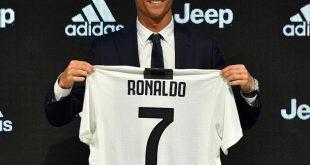 أول ظهور لرونالدو بقميص النادي الإيطالي.. شاهد الفيديو