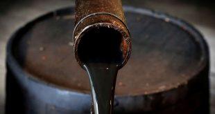 النفط يهبط مع تنامي المخاوف في الأسواق الناشئة