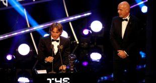 """لوكا مودريتش يتوج بجائزة """"الفيفا"""" لأفضل لاعب في العالم"""
