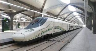 الهند تطور قطارا بدون محرك بسرعة 160 كيلومترا فى الساعة