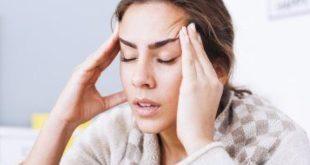 هل النوم الزائد يسبب الشعور بالصداع؟