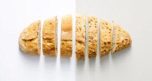 طبيب أسنان يحذر الخبز أكثر خطورة على الأسنان من الشوكولاتة