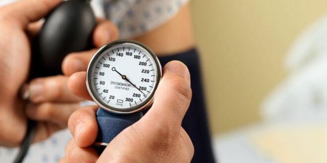 كل ما تريد معرفته عن ارتفاع ضغط الدم المفاجئ