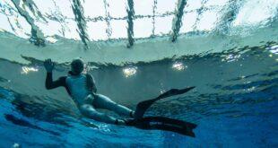 افتتاح أعمق مسبح في العالم بعمق 45 مترًا تحت الماء في بولندا