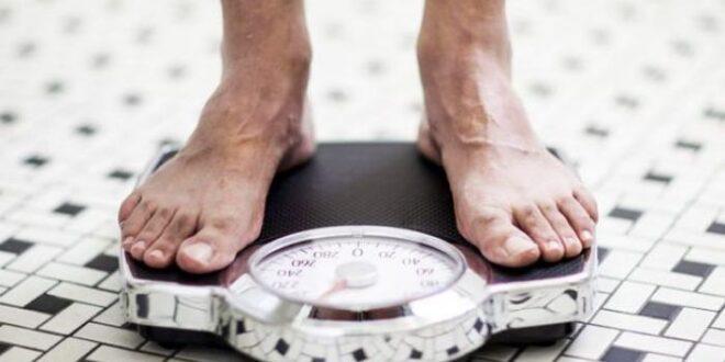 ما هو أفضل وقت فى اليوم لقياس وزنك على الميزان؟