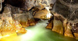 رحلة 3 غواصين لاستكشاف الممرات المائية بأكبر كهف فى العالم بفيتنام