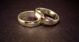 إعادة 'دبلة زفاف' لسيدة إيطالية بعد 30 عاما من فقدانها