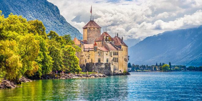 سويسرا موطن البحيرات الخلابة لقضاء عطلة ساحرة ومميزة