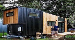كراكون فى الشارع.. زوجان فى نيوزيلندا يحولان مقطورة متهالكة لمنزل فخم