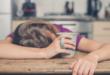 5 أشياء يجب تجنبها قبل النوم منها التدخين والكافيين