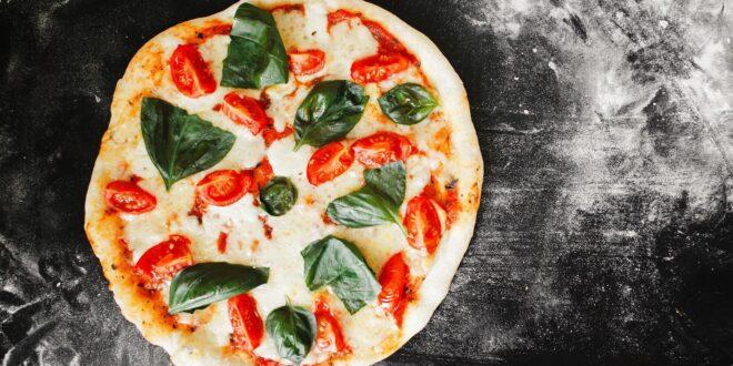 تم توصيلها إلى الفضاء ولها متحف خاص.. 8 حقائق مثيرة عن البيتزا