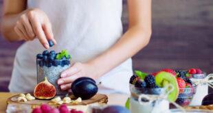 تقي من السكري وتعزز صحة القلب والأوعية الدموية.. إليك أفضل الأطعمة التي تحتوي على مادة البوليفينول ذات الفوائد العديدة