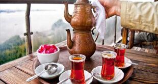 لماذا تتكون رغوة بيضاء على أكواب الشاي؟
