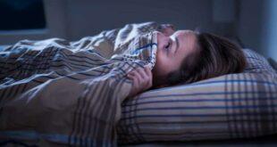 ما العلاقة بين الأطعمة التي نتناولها مساءً والكوابيس التي نشاهدها أثناء النوم؟