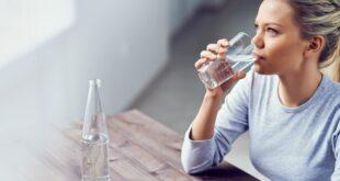 فوائد شرب الماء فى الصباح.. يُعزز المناعة ويساعد فى إنقاص الوزن