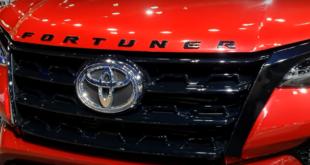 تويوتا تعدّل إحدى أشهر سياراتها رباعية الدفع