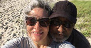 أحبها قبل العشرين وتزوجا فى الستين.. حبيبان يلتقيان عبر فيس بوك بعد فراق 39 سنة